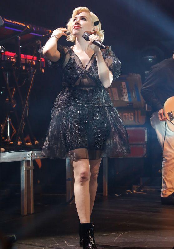 Carly Rae Jepsen - Performing at Gaite Lyrique in Paris 05/27/2019