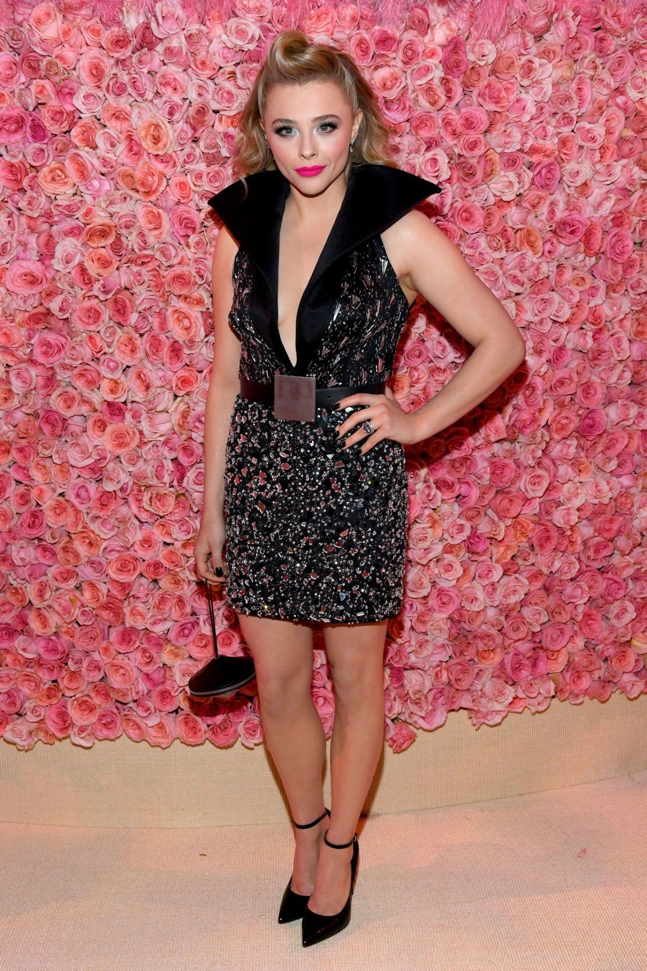 Chloe Grace Moretz –...