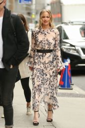 Christina Applegate in a Floral Print Dress - Departs The Late Show With Stephen Colbert 04/29/2019
