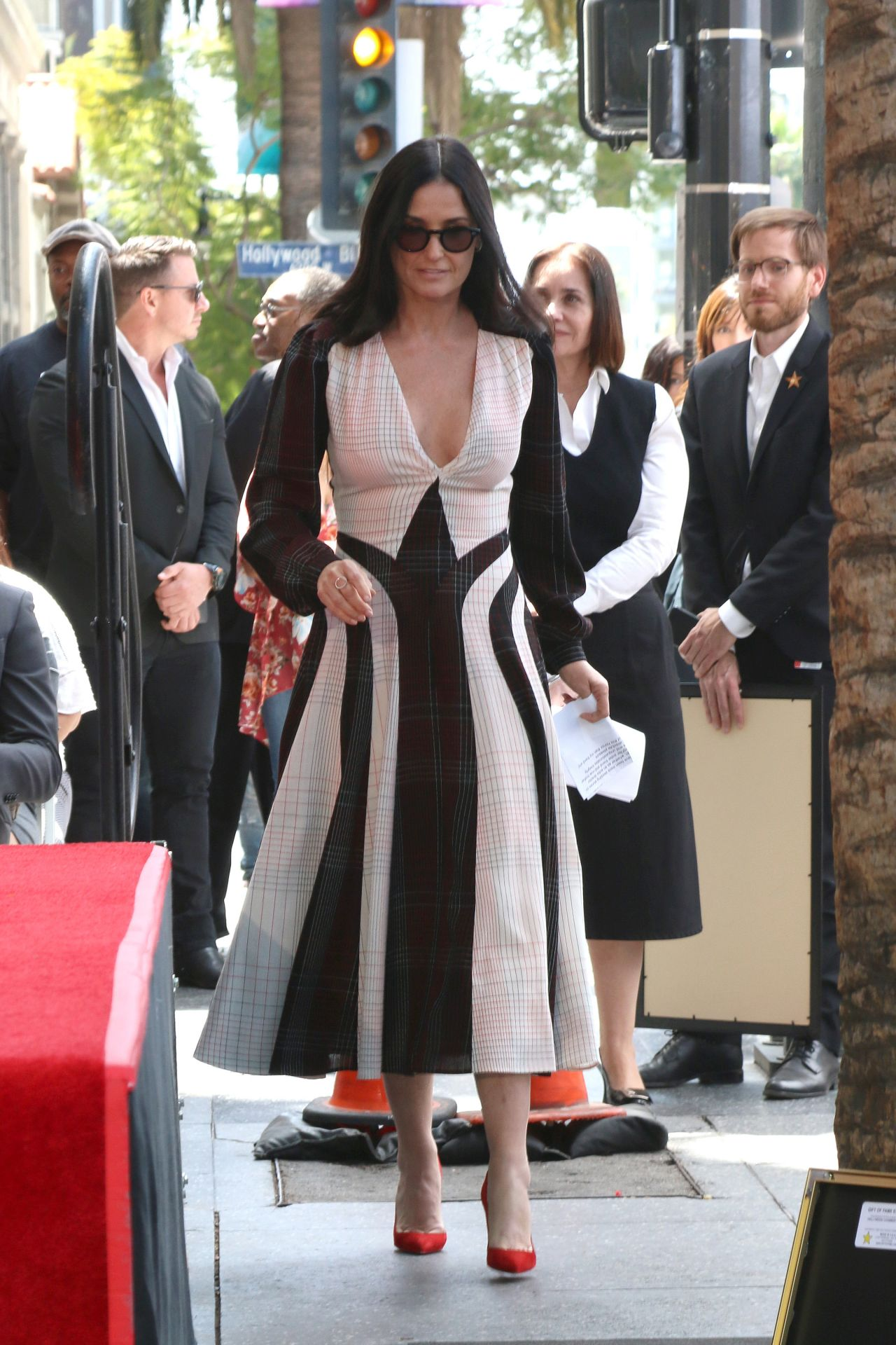 Demi Moore Lucy Liu Hollywood Walk Of Fame Ceremony In