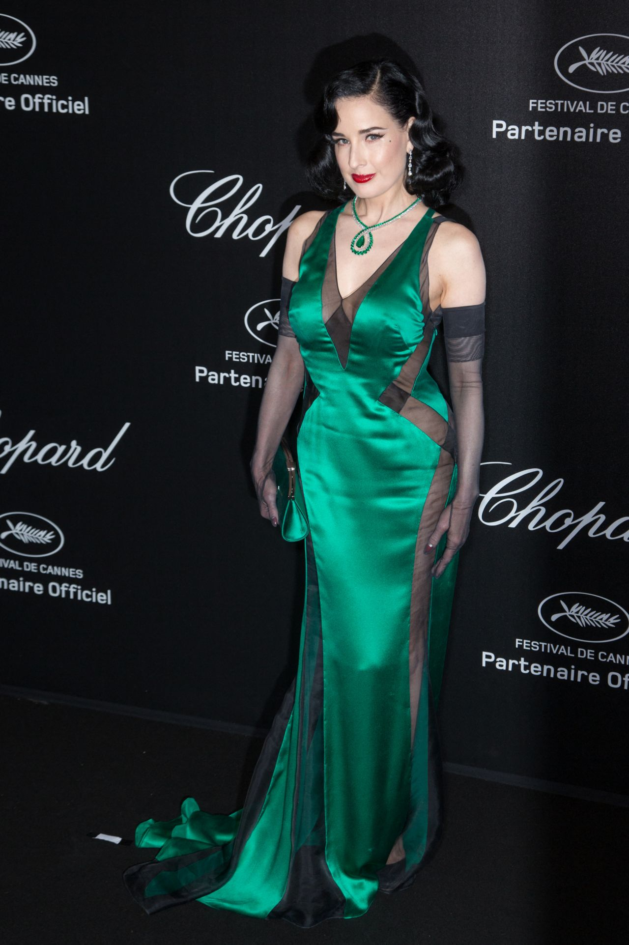 https://celebmafia.com/wp-content/uploads/2019/05/dita-von-teese-chopard-party-at-the-72nd-cannes-film-festival-2.jpg