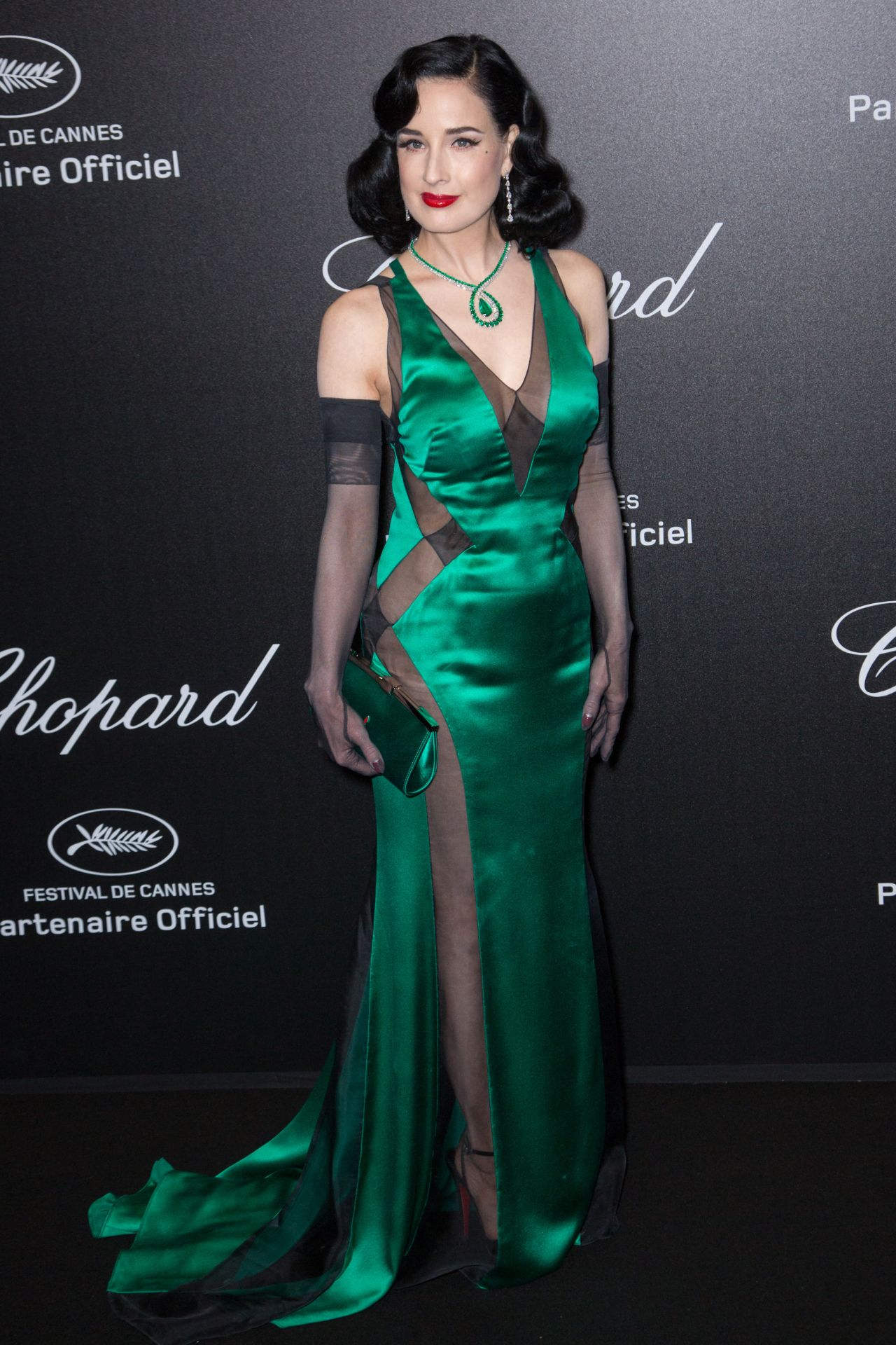 https://celebmafia.com/wp-content/uploads/2019/05/dita-von-teese-chopard-party-at-the-72nd-cannes-film-festival-9.jpg