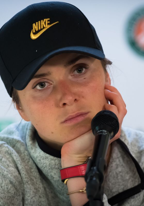 Elina Svitolina Talks to the Press – Roland Garros in Paris 05/26/2019