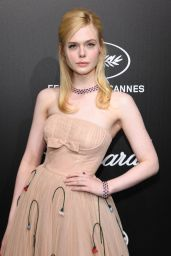 Elle Fanning – Official Trophée Chopard Dinner Photocall in Cannes 05/20/2019