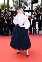 """Elle Fanning - """"Once Upon a Time in Hollywood"""" Red Carpet at Cannes Film Festival"""
