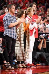 Emilia Clarke - Golden State Warriors vs Houston Rockets 05/10/2019