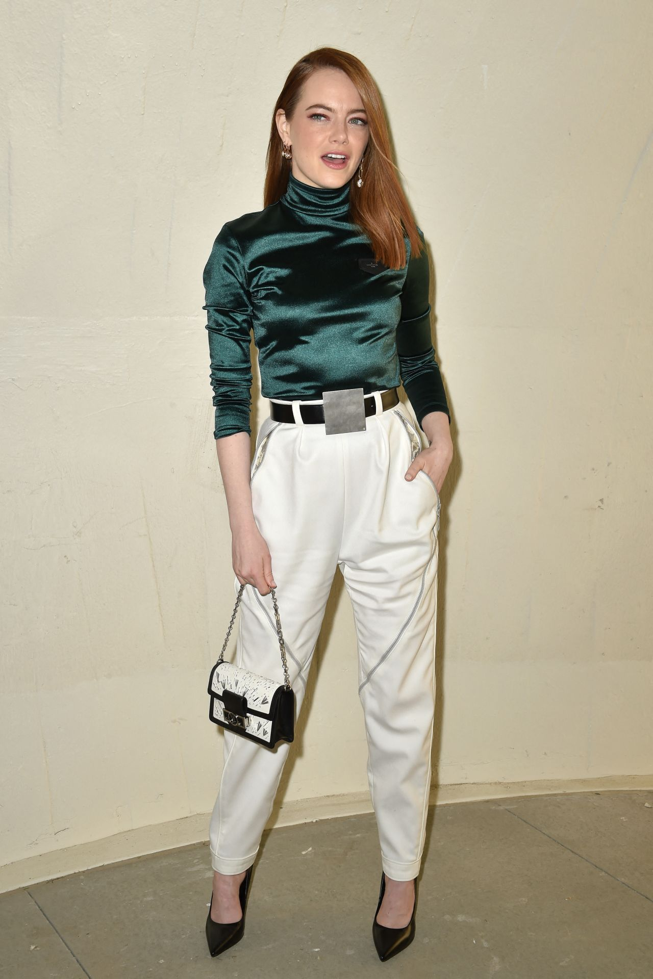 Emma Stone Louis Vuitton Cruise 2020 Fashion Show In Nyc