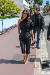 Eva Longoria at the Martinez Hotel in Cannes 05/15/2019