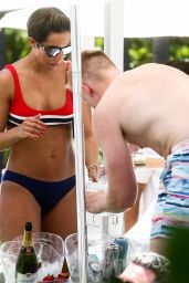 Frankie Bridge in Bikini - Miami 05/19/2019