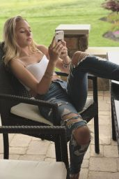 Gwen Rachel - Personal Pics 05/24/2019