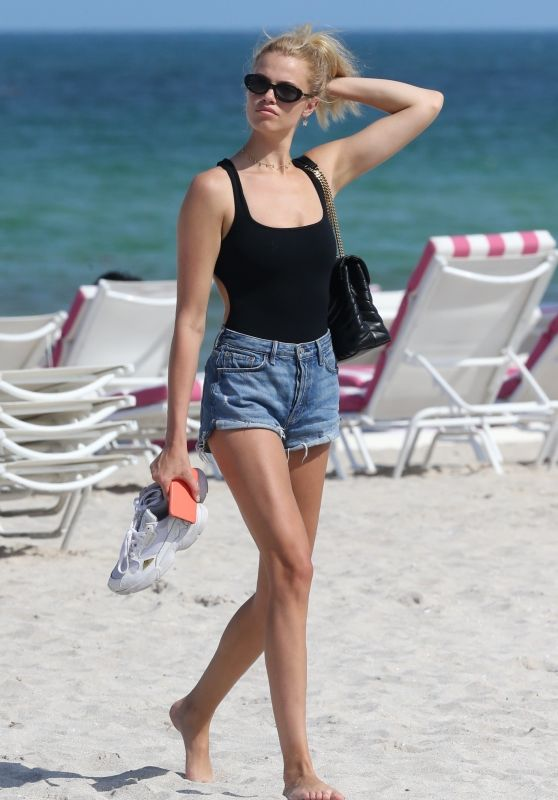 Hailey Clauson in Deenim Shorts - Beach in Miami 05/09/2019