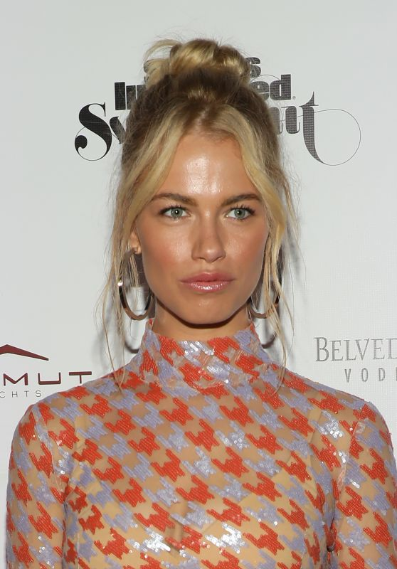 Hailey Clauson – SI Swimsuit 2019 Issue Launch in Miami