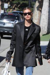 Hailey Rhode Bieber Street Style 05/19/2019