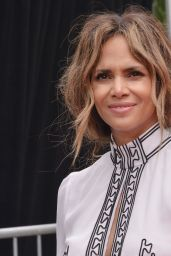 Halle Berry at the Keanu Reeves Hands & Footprints Ceremony in Hollywood 05/14/2019