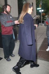"""Jessica Alba - Promotes """"LA"""