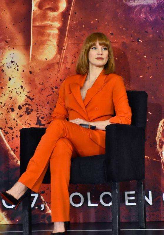 """Jessica Chastain - """"X-Men: Dark Phoenix"""" Press Conference in Mexico City"""