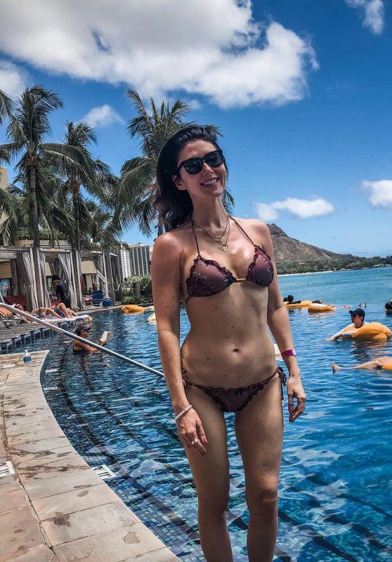 Jewel Staite in Bikini 05/16/2019
