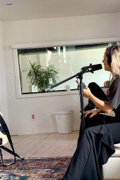 Joanna JoJo Levesque – Personal Pics 05/16/2019