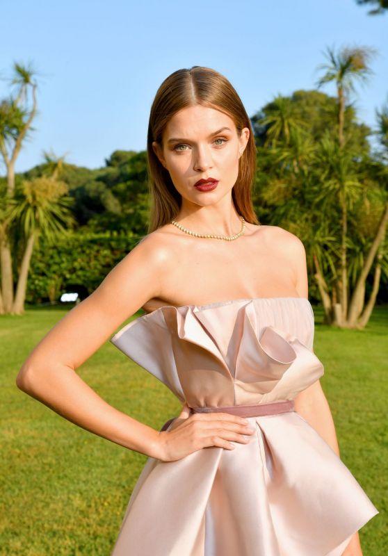 Josephine Skriver - amfAR Cannes Gala 2019 Portraits