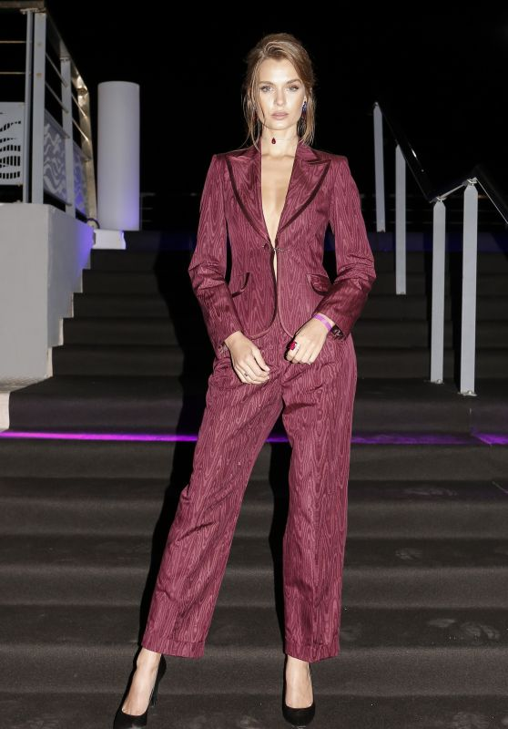 Josephine Skriver - Arriving at a Private Party on a Boat in Cannes 05/21/2019