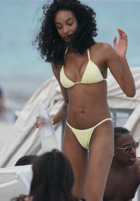 Jourdan Dunn in a Bikini at the Beach in Miami 05/12/2019