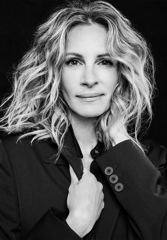 Julia Roberts – Variety's Emmy Portrait Photographed (2019)