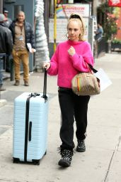 Juno Temple in Travel Outfit - NY 04/30/2019