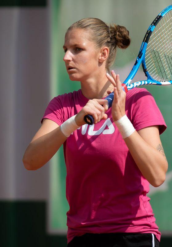 Karolina Pliskova – Practises During the Roland Garros in Paris 05/24/2019