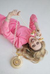 Kathryn Newton - Photoshoot for Cosmopolitan 2019
