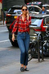 Katie Holmes Street Style 05/17/2019