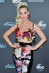 Katy Perry - American Idol Top 5 Show in LA 05/12/2019