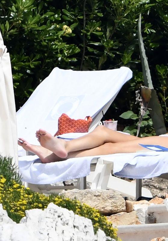 Kendall Jenner in Bikini at Hotel du Cap-Eden-Roc in Cap d'Antibes 05/23/2019