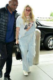 Kesha - LAX Airport in Los Angeles 05/08/2019