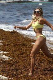 Khloë Terae in Bikini on the Beach in Miami 05/29/2019