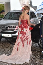 Kimberley Garner at Hotel Martinez in Cannes 05/18/2019