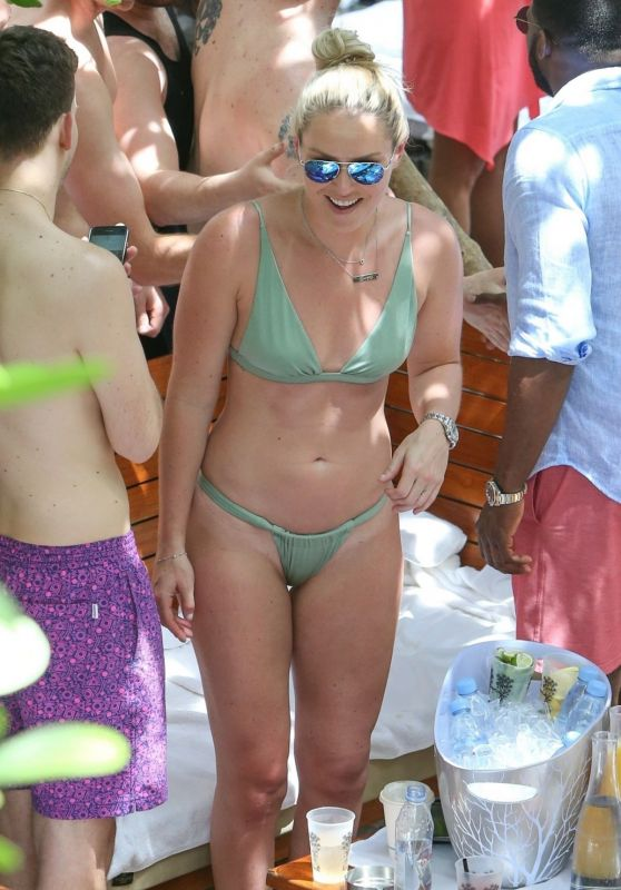 Lindsey Vonn in Green Bikini at Pool Party in Miami 05/05/2019