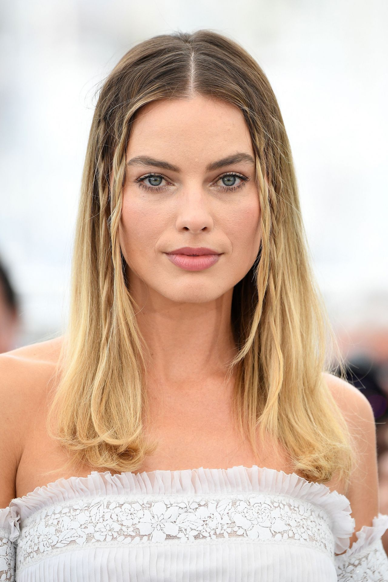 """Margot Robbie – """"Once Upon A Time in Hollywood"""" Photocall in Cannes"""