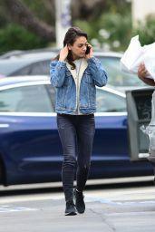 Mila Kunis Street Style 05/10/2019