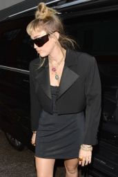 Miley Cyrus - Leaving the Soho Hotel in London 05/26/2019