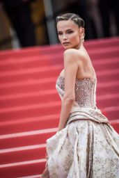 """Natasha Poly – """"Oh Mercy!"""" Red Carpet at Cannes Film Festival"""