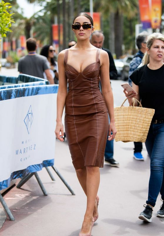 Olivia Culpo on the Croisette in Cannes 05/23/2019