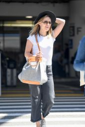 Olivia Wilde - LAX Airport in Los Angeles 05/28/2019