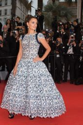 "Penelope Cruz – ""Dolor y Gloria"" Red Carpet at Cannes Film Festival"