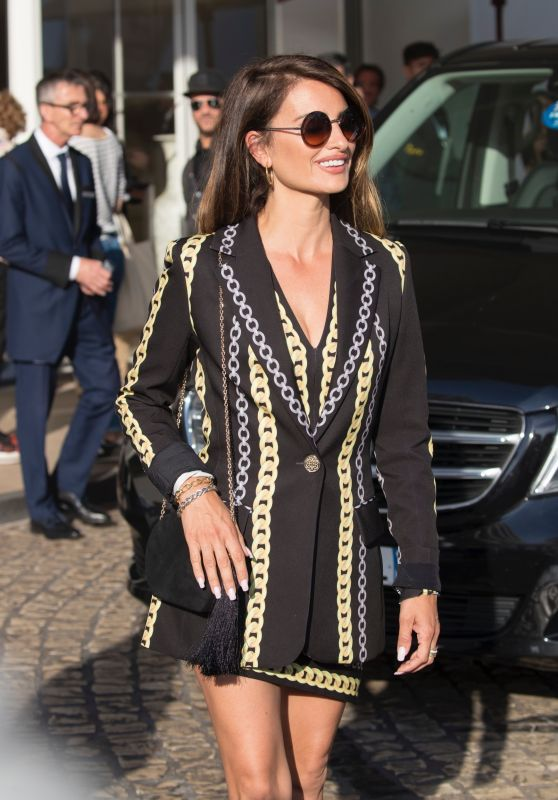 Penelope Cruz Style and Fashion - Cannes 05/16/2019