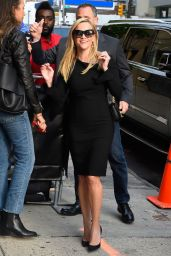 Reese Witherspoon - Outside The Daily Show with Trevor Noah in NYC 05/28/2019