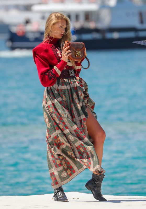 Romee Strijd - Photoshoot on the Croisette in Cannes 05/15/2019