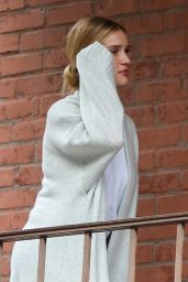 Rosie Huntington-Whiteley - Out in Los Angeles 05/08/2019