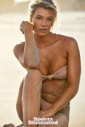 Samantha Hoopes – SI Swimsuit 2019