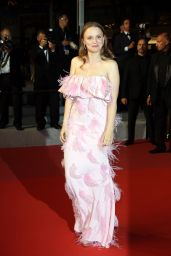 """Sara Forestier – """"Oh Mercy!"""" Red Carpet at Cannes Film Festival"""