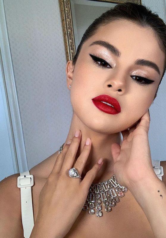 Selena Gomez - Personal Pics and Videos 05/15/2019